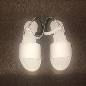 🇫🇷NWT Robert Clergerie White Platform Sandals